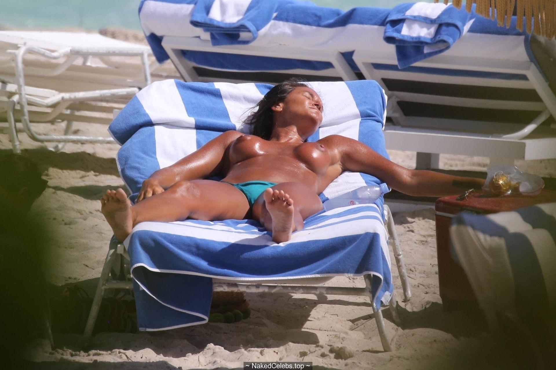 Naked Eda Taspinar nudes (35 photos), Sexy, Bikini, Instagram, legs 2015