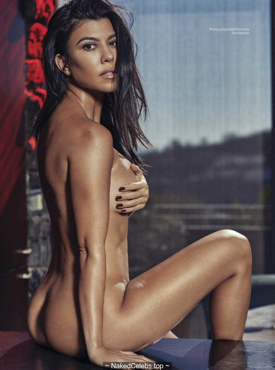 Kourtney Kardashian Sexy Nude For Gq Mexico December 2018 Naked Celebs